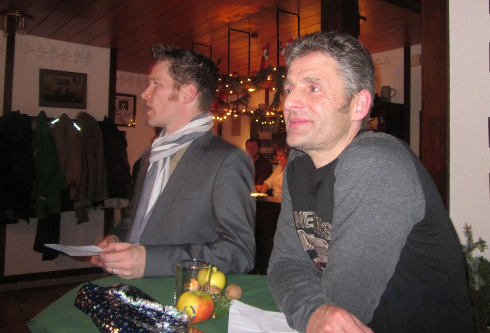 Informationen des RSG Triathlon-Teams, Thorsten Völkel (links) und Klaus Scheele (rechts), RSG Weihnachtsfeier 2013