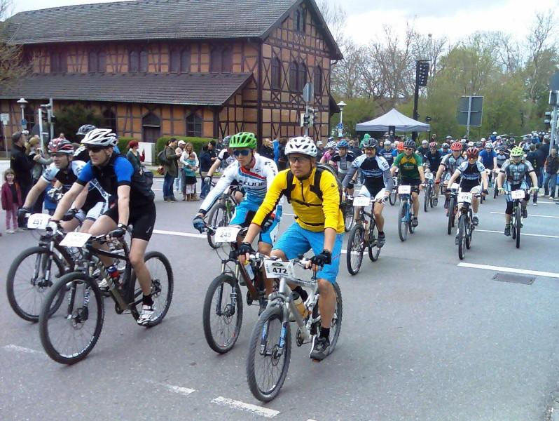 Klaus, Manfred und Vera beim Start.
