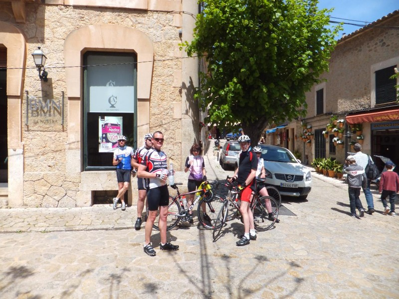Pause in Valldemossa