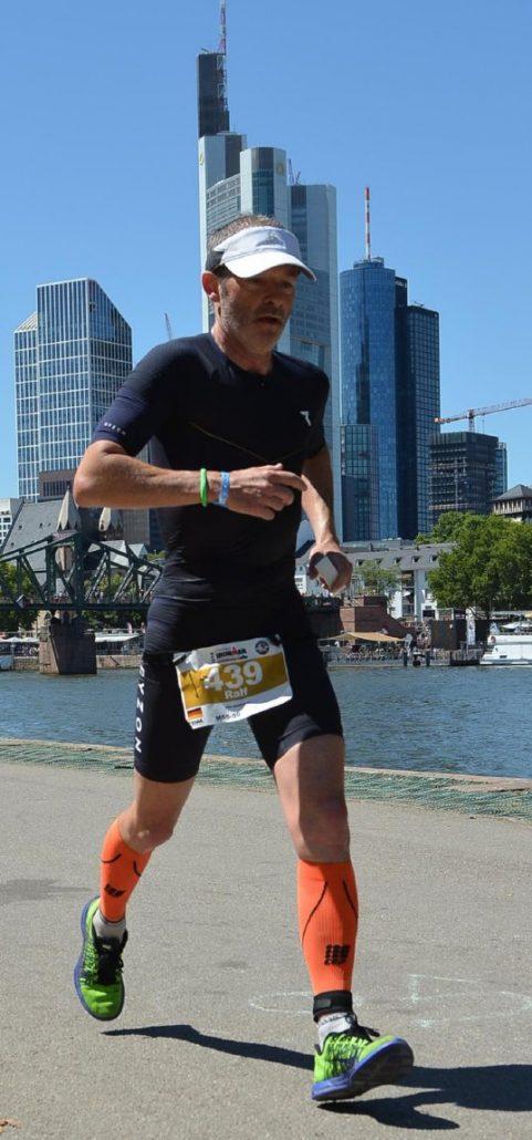 Ralf Schmäding beim Triathlon in Frankfurt 2018